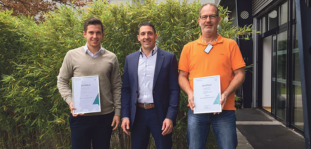 """Erste """"VIDEOR Certified Network Professionals"""" ausgezeichnet"""